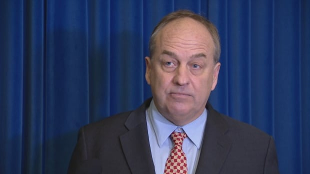 Andrew Weaver ride-hailing 3-party committee newser 23 Nov 2017