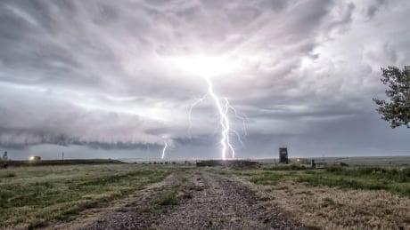 Empress Alberta lightning