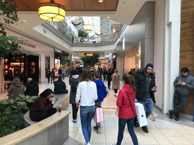 Shopping Fairview Pointe Claire