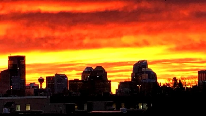 Morning Sky Explodes With Colour Over Calgary Cbc News