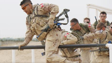 Canadian soldiers deployed with MFO Sinai