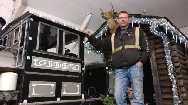 Richmond tree lighting, Santa parade set