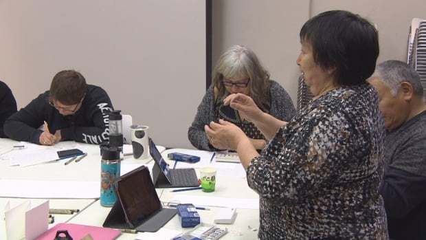 'Trying to keep our culture alive': Inuit story shared at Winnipeg workshop | CBC News