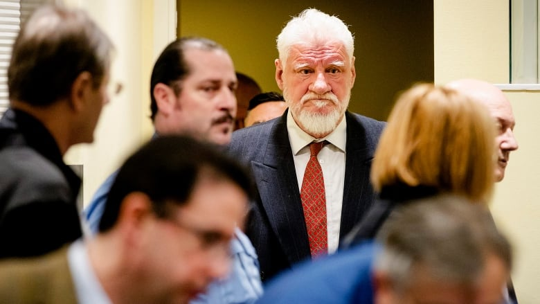 War After Swallowing Court >> Convicted War Criminal Dies After Apparently Swallowing Poison In
