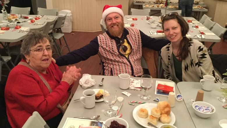 Free Christmas Dinner.Free Christmas Dinner In Georgetown Moves To Souris Cbc News