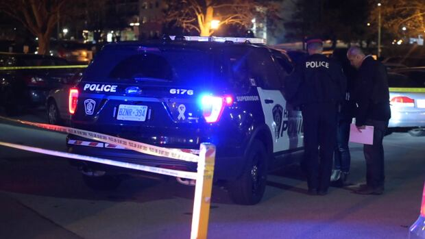 Police charge 17-year-old boy in Burlington fight