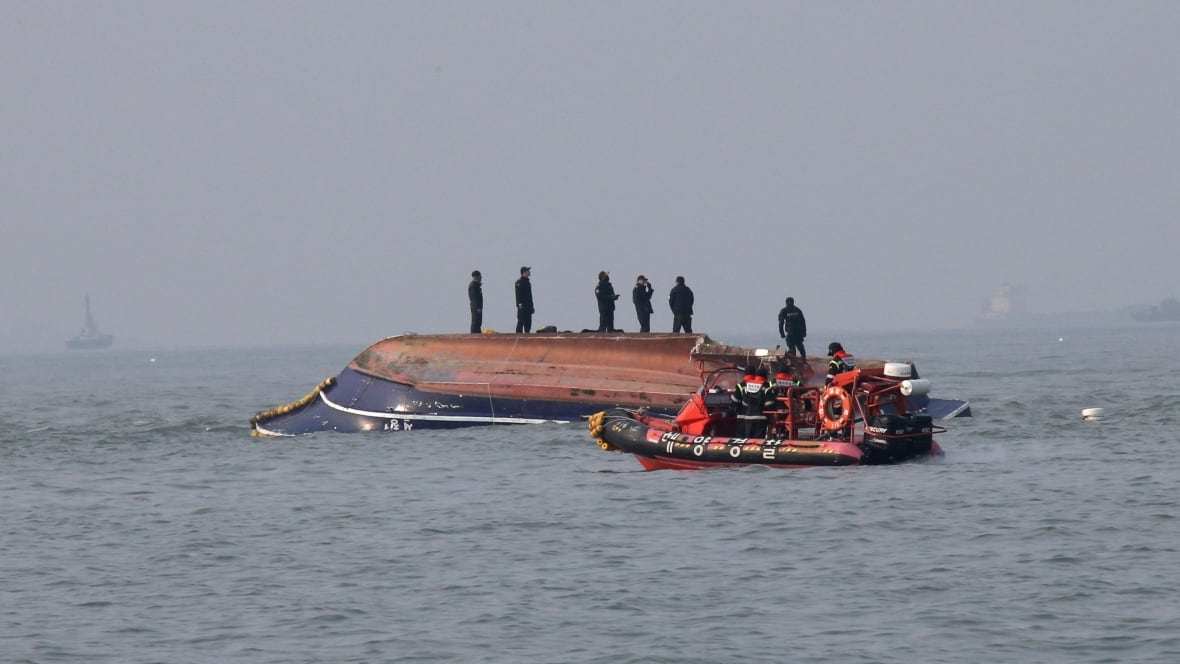 13 Dead 2 Missing After Boat Capsizes In South Korea