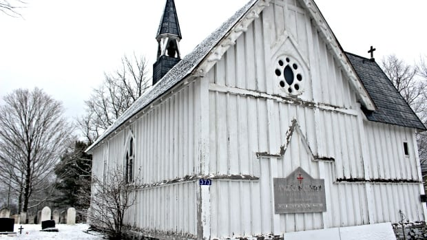 For nearly 30 years, the St. Mary the Virgin Anglican Church in New Maryland, N.B. has sat empty and unused, but now some people want to save it.
