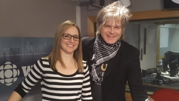 University of Windsor kinesiology professor Nadia Azar and The Tea Party drummer Jeff Burrows joined Windsor Morning to talk about the biomechanics behind drumming.