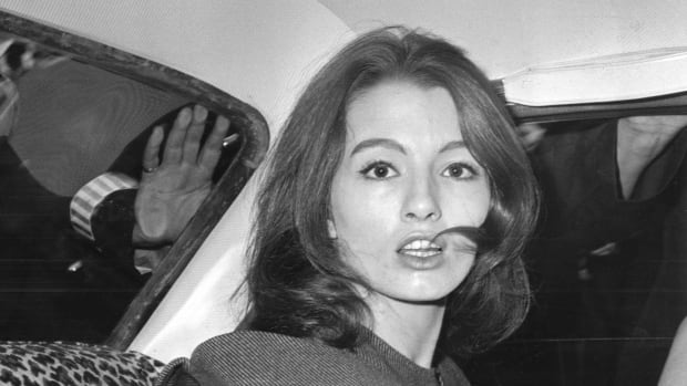 Christine Keeler, seen in this 1963 photo, was at the centre of the Profumo Affair, a scandal that rocked the political establishment in the U.K. She died on Monday at the age of 75.
