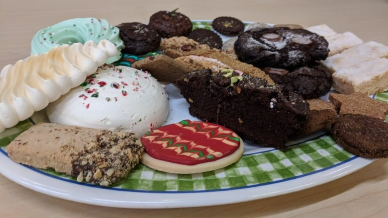 Tips Tricks And Tasty Treats For The Perfect Christmas Cookie