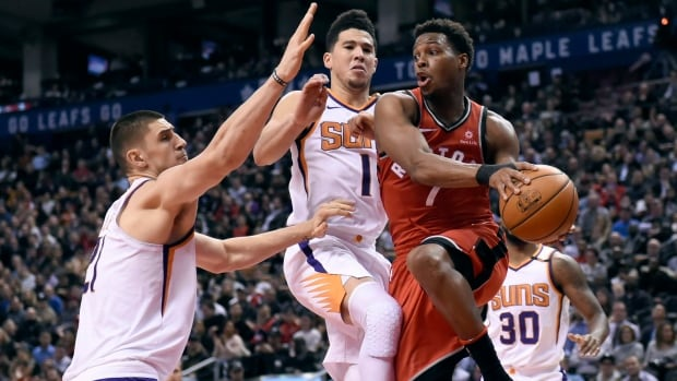 Toronto Raptors guard Kyle Lowry scored 20 points and added 10 assists in the team's 126-11 win over the Phoenix Suns on Tuesday.