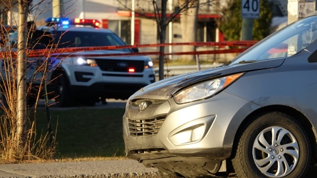 The pedestrian was hit at around 6:30 a.m. on des Laurentides Boulevard in Laval.