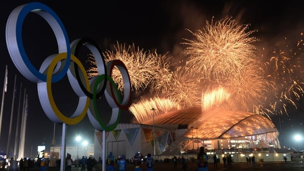 sochi-fireworks-1180