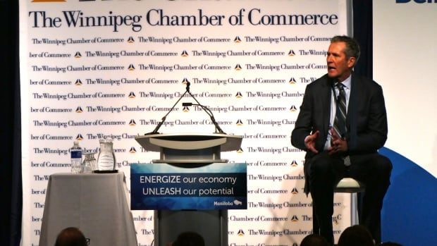 Premier Brian Pallister promises to create an economic development group that will have six months to come up with a strategy for Manitoba.