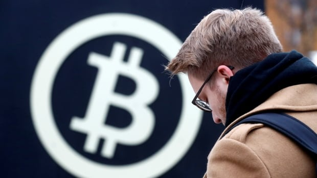 Bitcoin looks like a bubble, NZ central banker warns