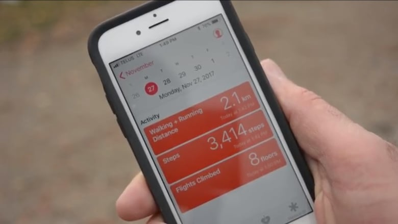 Study finds iPhone health app miscounts your daily steps   CBC News