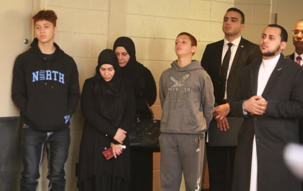 Yosif Al Hasnawi family