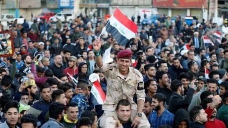 MIDEAST-CRISIS/IRAQ-PARADE