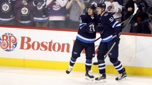 Mathieu Perreault helps Jets snap 3-game losing streak