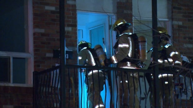 While police and firefighters were responding to calls about garbage can fires on Sicard Street in Hochelaga-Maisonneuve, they got a call about a fire at a nearby apartment building. No one was hurt but a number of fires were set inside one unit.