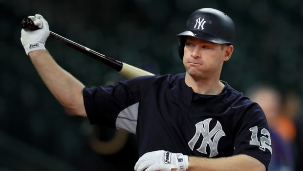 Yankees trade Headley, Mitchell to Padres for outfielder