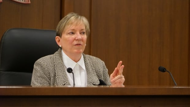 Commissioner Eileen Gillese addresses lawyers at the Elgin County Courthouse on Tuesday as the Wettlaufer inquiry holds participation hearings ahead of the formal tribunal, which is set for the summer of 2018.