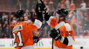 Leafs let 3rd period lead slip away as Flyers win 4th-straight