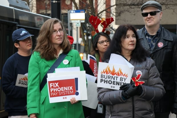 Phoenix pay system rally