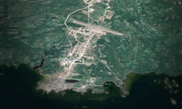 Fond-du-Lac community and airstrip