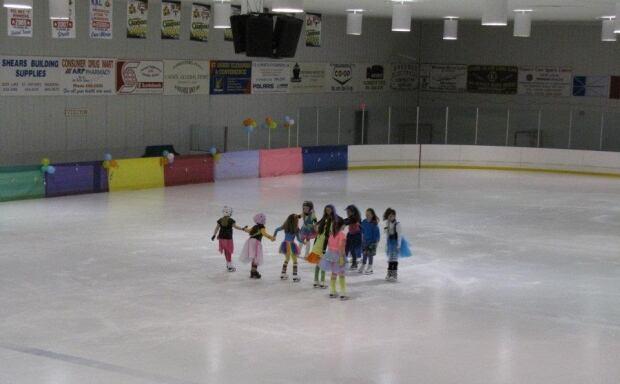 Straits Arena St. Barbe figure skaters