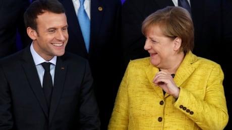 EU-DEFENCE/Macron-Merkel