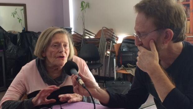 Devora Greenspon speaking with Dr Brian Goldman
