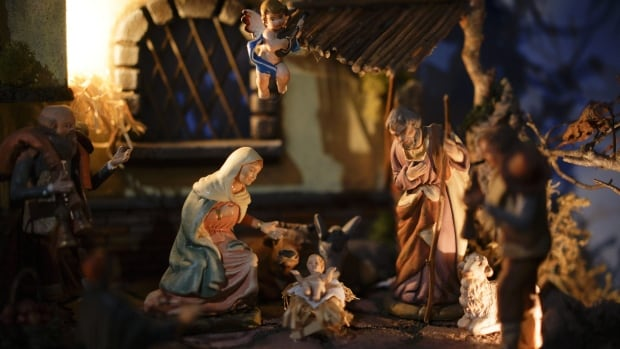 Preschoolers fight over baby Jesus during nativity pageant in East Tennessee
