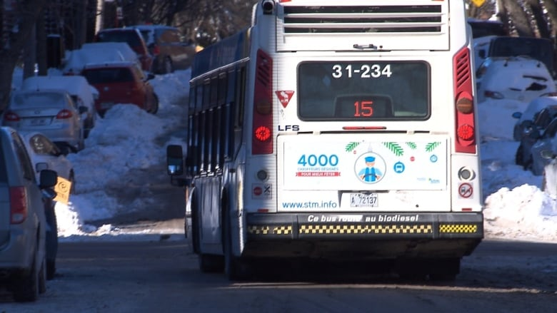 In Montreal, you can finally track the bus in real time | CBC News