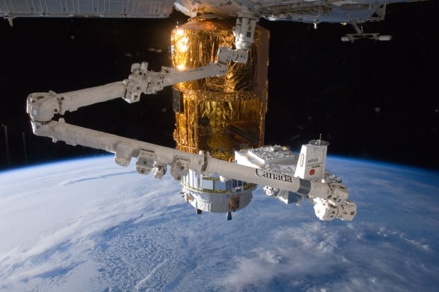 Canadarm2 space station