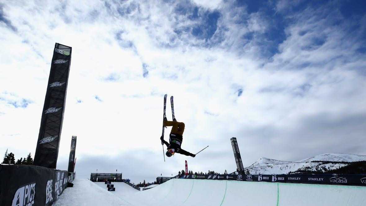 Canada's Cassie Sharpe wins superpipe gold at Dew Tour