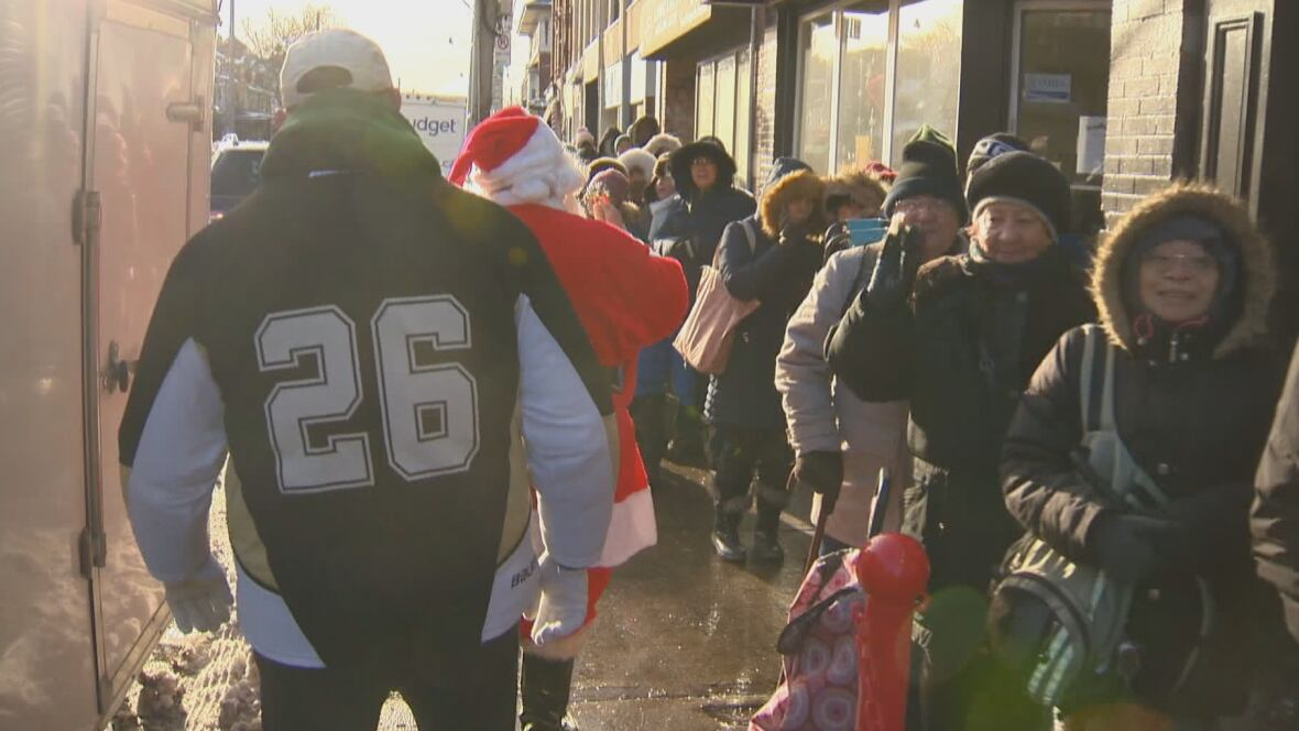 Honest Ed's is gone, but the Bathurst and Bloor holiday turkey giveaway lives on