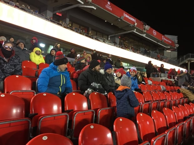 ottawa 67s gatineau olympiques fans outdoor game
