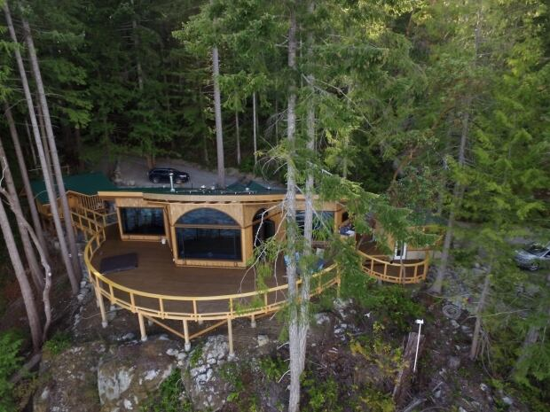 Paul Stamets cabin on Cortes Island