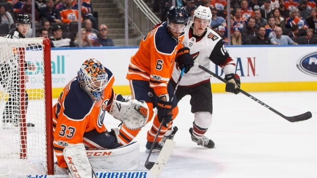 Oilers' Larsson expected to return for playoff rematch against Sharks