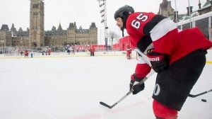 Erik Karlsson says Melnyk's controversial comments are 'none of our business'