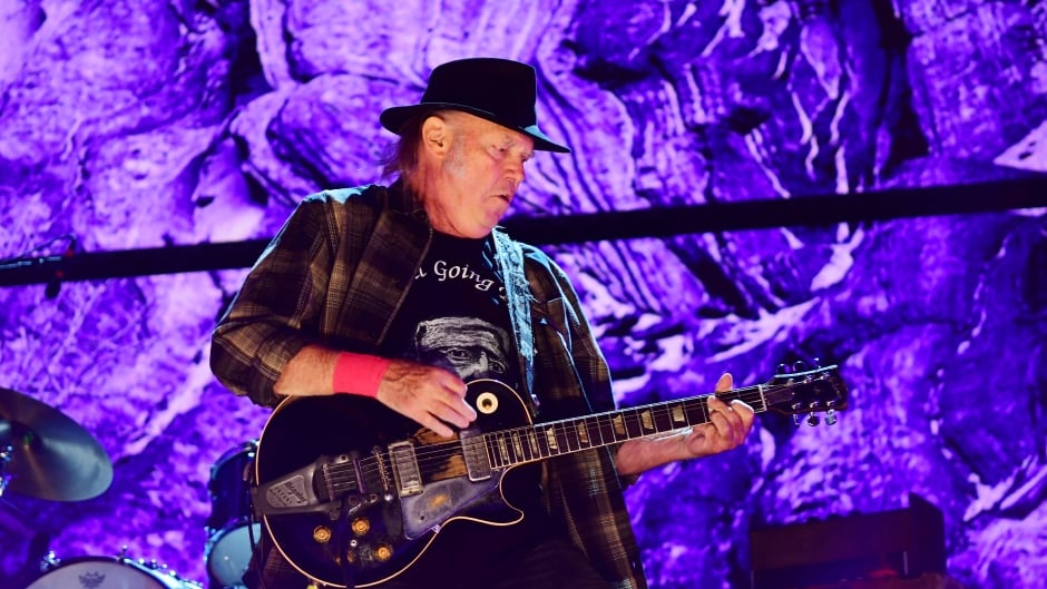 Neil Young performs during  2017 Farm Aid.