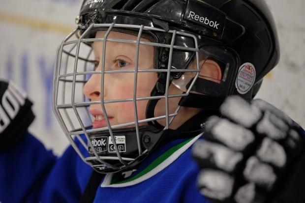 Riley-Oldford-sledge-hockey-close-up