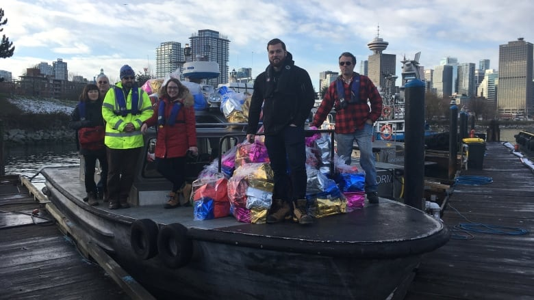 Mission to Seafarers delivers gifts to ship crews in English Bay ...