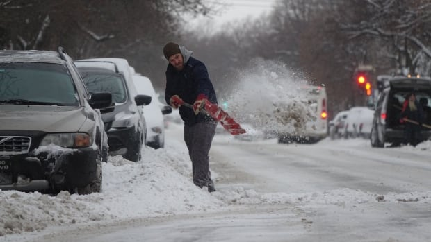 Environment Canada is calling for lots of snow and wind across the Maritimes on Thursday.