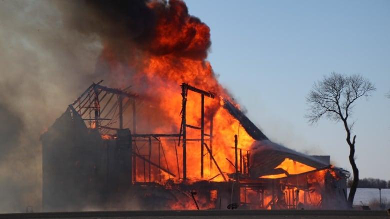 Antique-filled barn burns on Highway 10 north of Brandon ...