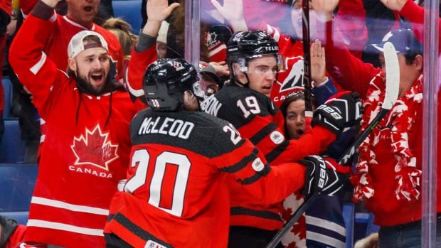 Defenceman Cal Foote makes highlight-reel save for Canada at world juniors