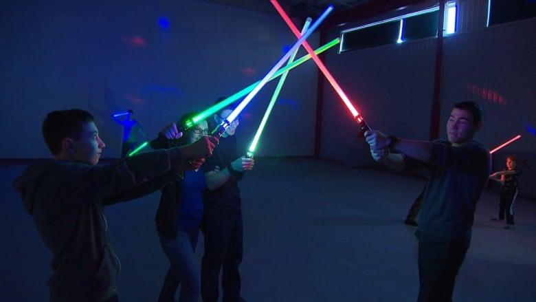 Fight like a Jedi in this Saint-Henri 'saber combat' class