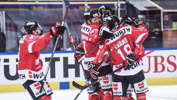 Canada shuts out Swiss for 3rd straight Spengler Cup title ...